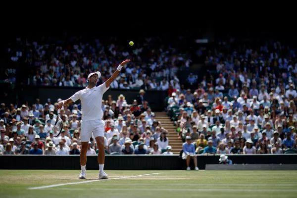 网球发球技术简单图解--金锄头文库