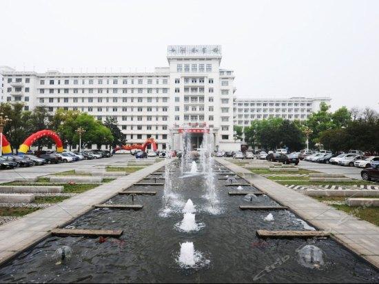 【长沙酒店】长沙酒店宾馆预订_旅店住宿价格查询_艺龙网移动版
