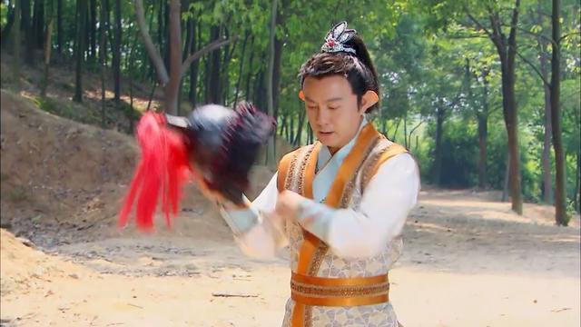 把中国美女绑上逃脱魔术