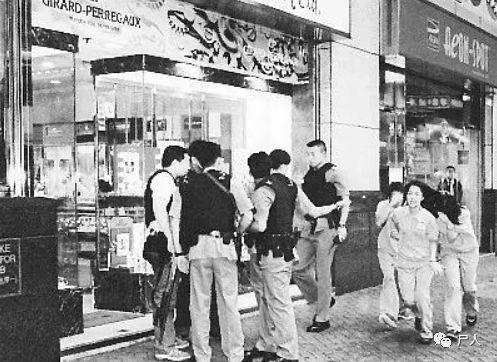 """香港""""末代贼王""""季炳雄传奇一生——2019年即将出狱警方怎么看"""