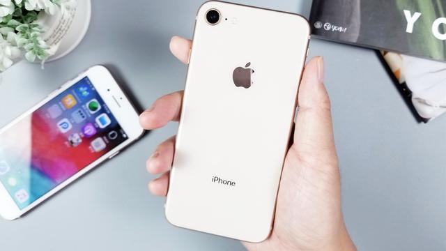 iPhone7与iPhone8上手体验,这些差距让我意想不到!