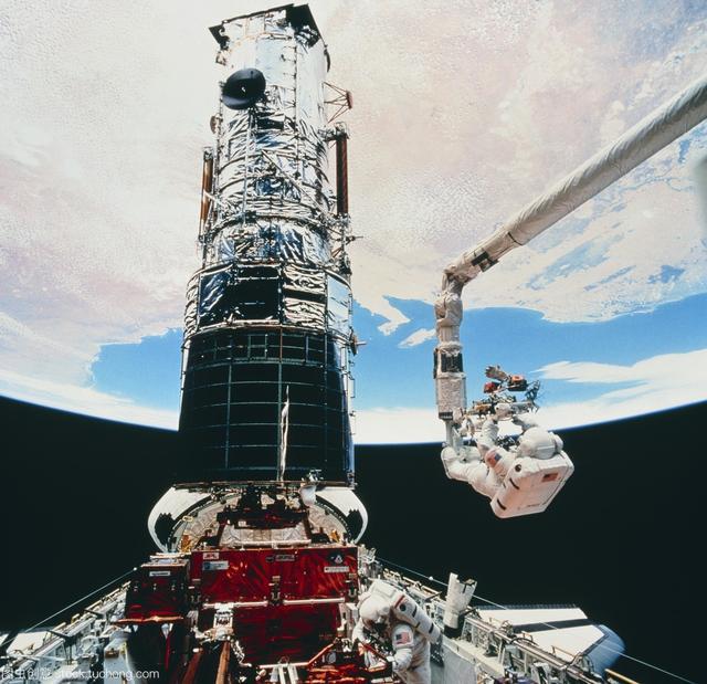 哈勃是如何成为最强大望远镜的?追溯哈勃历史,原来也很曲折离奇