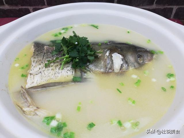 砂锅鱼头汤_哔哩哔哩 (゜-゜)つロ 干杯~-bilibili