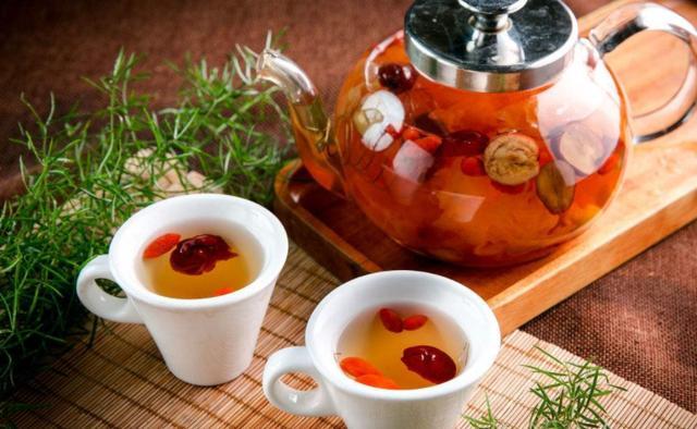 女人喝什么茶最养生?这种茶有10大好处,尤其适合秋冬喝!