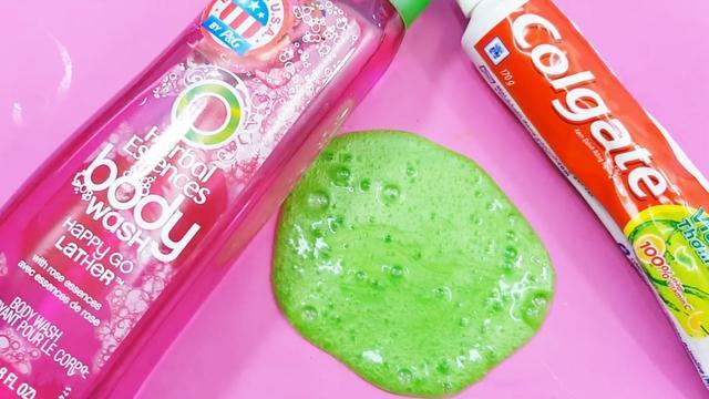 用牙膏和沐浴露也能做好玩的拉面泥,无胶水无硼砂,教程一看就会