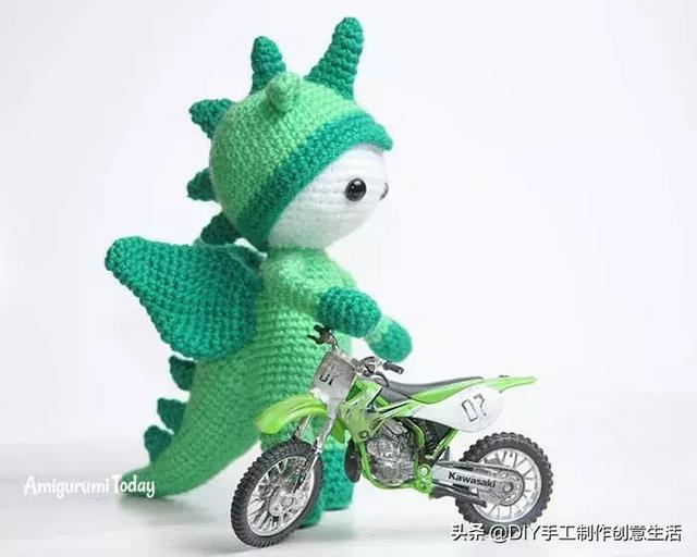 DIY手工制作教程:毛线钩针编织小玩偶,属它最丑,但最萌!