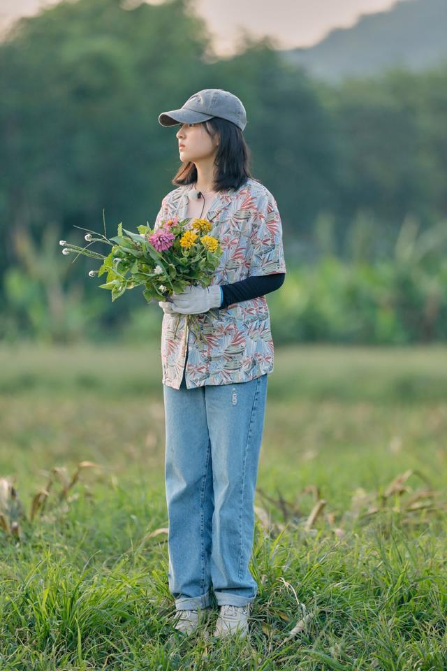 《向往的生活》张子枫分享爱宠趣事 与好友相聚难掩心中喜悦
