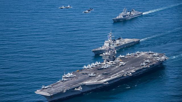美国称不惧怕中国导弹!军事专家张召忠:来给我们做陪练