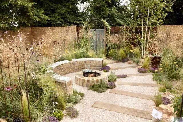 这里的花园设计,野性里透着自然