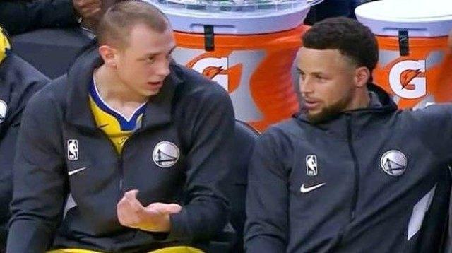 顛覆想象?19歲菜鳥聊勇士趣事:Curry首次見面就罵我,追夢綠非常重視年輕球員的成長!