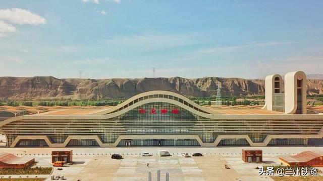 西安高铁站图片