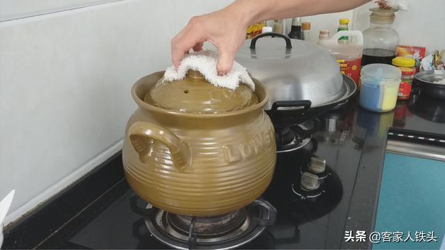 7月多给老公煲这汤,温补养身又好喝,材料和做法都简单,补肾哦