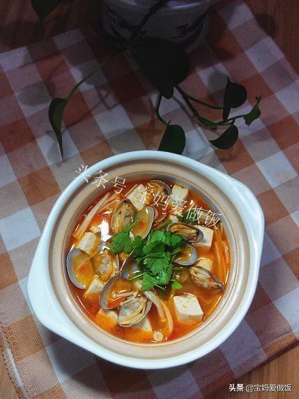 花甲豆腐汤,培根,花甲与豆腐交汇,炎热的夏天,瞬间被勾起食欲
