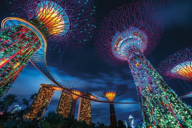 璀璨城市灯光夜景图片