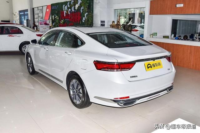 新车 | 吉利新款博瑞1.5T轻混旗舰型上市 售17.98万元