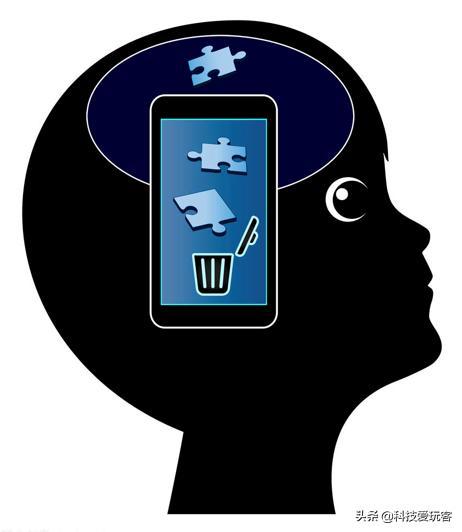 Light Phone II上手体验:能帮你戒网瘾的小屏机