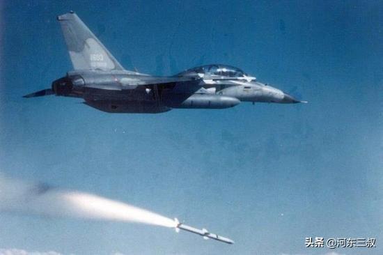 1996年台海危机,双方最大的差距来自空中而不是海上
