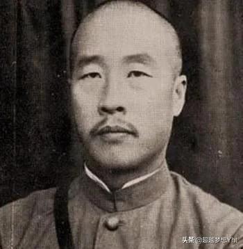 韩复渠拥兵10万,为何主动放弃抵抗,将大好河山让给日本人