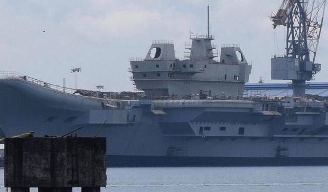 印度航母最新进展,网友调侃:003航母都要出来了,这是给中国航母陪跑?