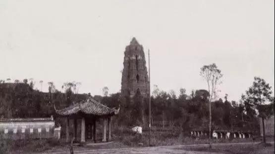 清末老照片,雷峰塔坍塌前原来是这个样子