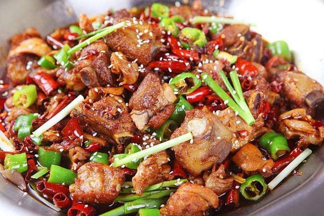 干锅鸡怎么做?干锅鸡的做法