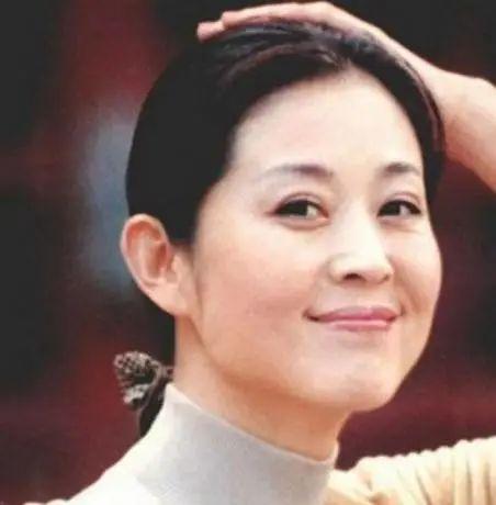 中央电视台著名主持人倪萍,用山东方言播天气预报,厉害了