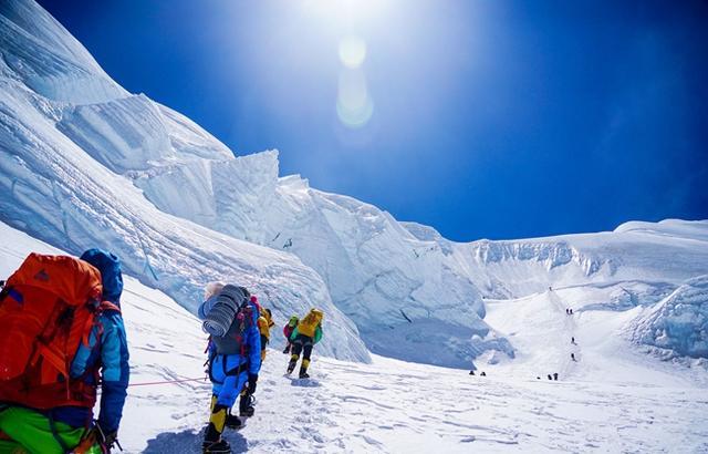 私自攀登珠峰会罚款吗