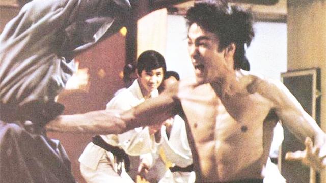 李小龙最经典的一部电影,至今无人能超越!