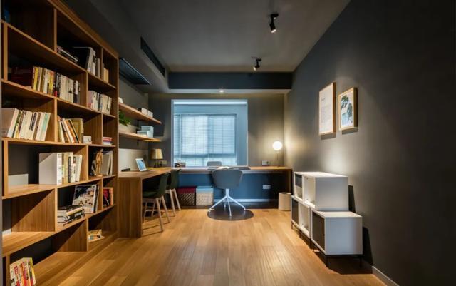 灰色调的家,也温馨!149㎡简约风,满屋灰色设计,却也舒适