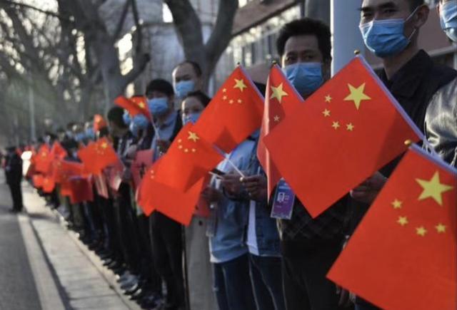多国人评价中国人