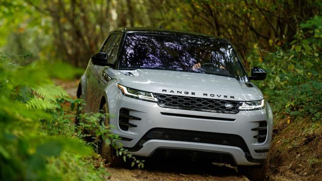 30万元SUV选销量标杆还是个性车?宝马X1和路虎极光你更喜欢谁?