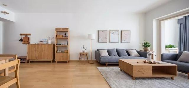 90平木质简约风,书房兼衣帽间的设计就是好!