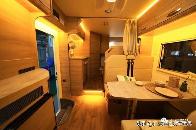 全新设计与合理空间布局丨中意依维柯旅行家商旅款旅居车