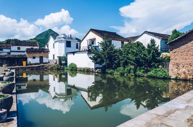 杭州建德旅游必打卡的3个景点,其中一个是江南唯一的,你去过吗