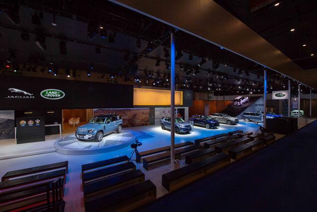 全新路虎卫士110于成都国际车展正式上市