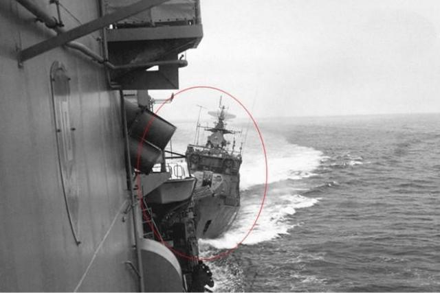 """""""我舰奉命撞击你舰""""!硬杠擅闯美军巨舰,就是这么霸气"""