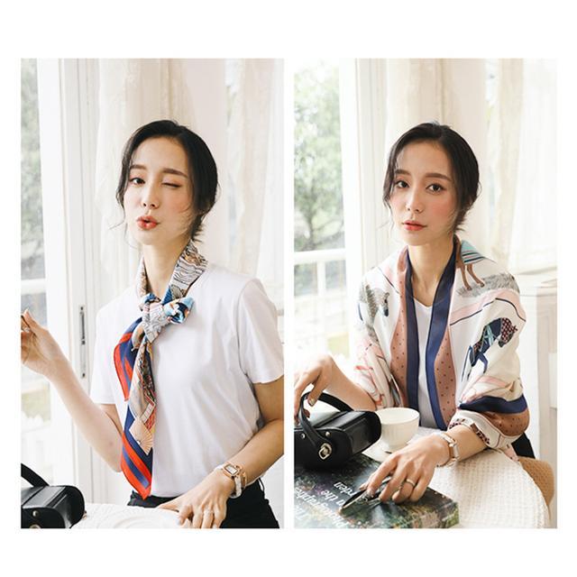 夏季穿搭丝巾点缀让你更具女性魅力,给你简约新潮的时髦造型