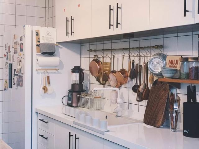 厨房储物架图片家用