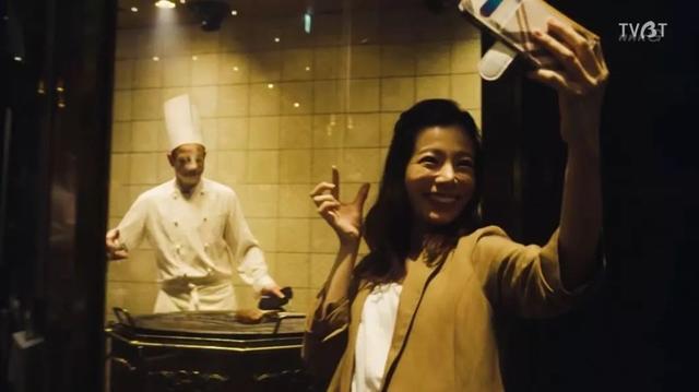 握手,打屁股,陪睡会?这就是日本地下偶像文化的真实写照?
