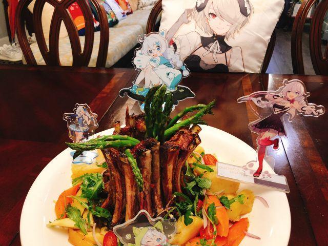 《崩坏3》舰长厨房:为琪亚娜庆生!皇冠烤肉大餐
