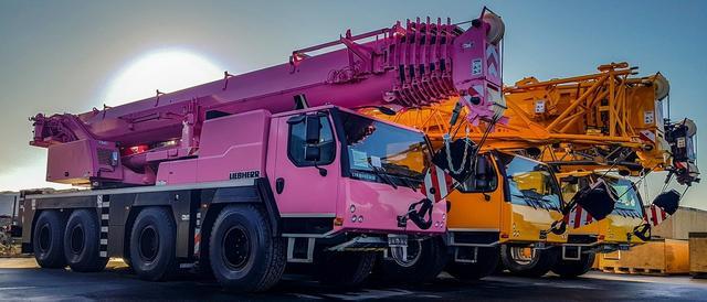 利勃海尔- LR 1500履带式起重机,不愧是全球最牛吊车工厂
