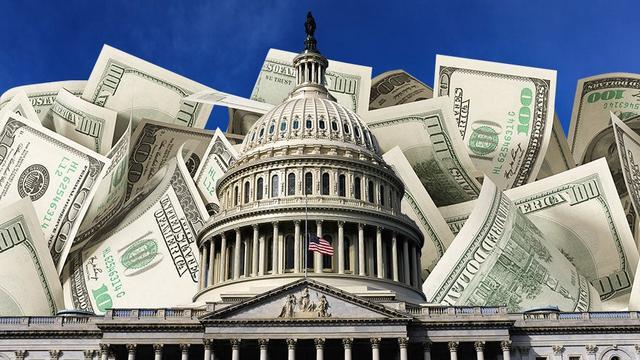 """7000亿美债或被抛,美国""""纸牌屋""""或倒,外媒:中国实际或有更多黄金"""