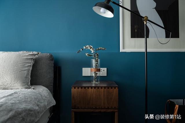 12图现代简约风格卧室床头设计_齐家网装修效果图