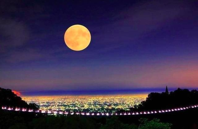 """赏月--古诗""""月亮""""意象鉴赏"""