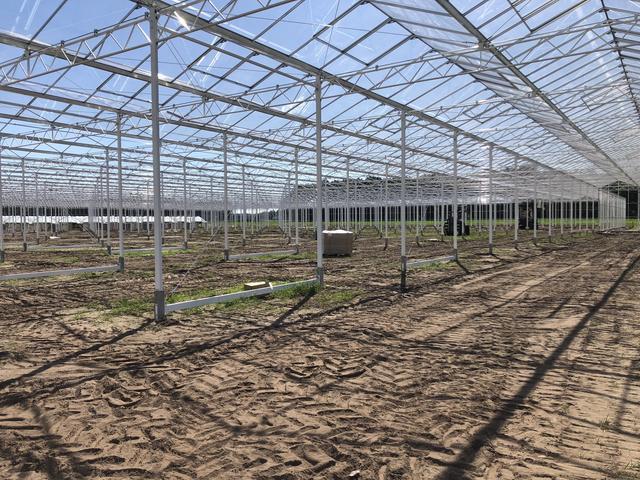 连栋玻璃温室大棚如何建造?玻璃温室大棚驱动系统工作原理