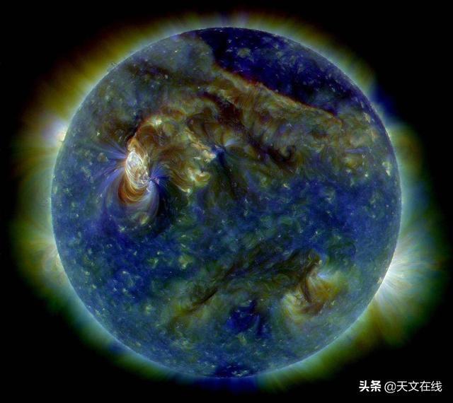 小班美术《有太阳的天空》_文档下载
