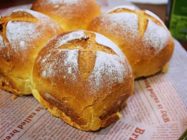 自己在家如何做面包,烘培師送你一個好方法,能跟蛋糕店有一拼