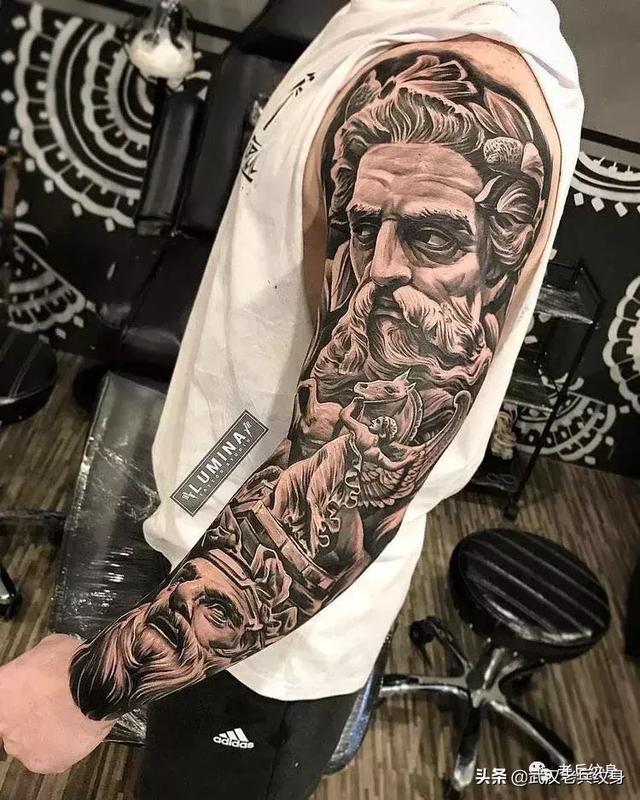 半花臂纹身