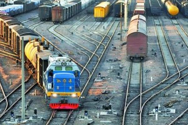中国十个面积最大的火车站排名,北京南站仅排第二_新浪看点
