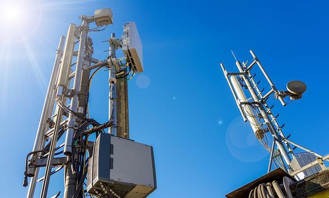 5G是一把双刃剑,面对现行5G技术缺点的质疑,我们应该怎么做?